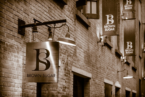 brown-sugar-sign-in-shanghai-french-concession-014715-M