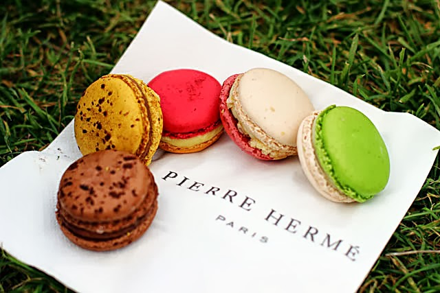 眼花撩亂,到底該選哪個口味好?Pierre Hermé 季節馬卡龍口味賞析